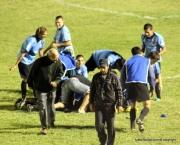La pirámide humana es por el festejo del gol en los descuentos de Pertusso. Rocha ganó...