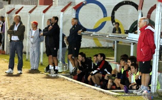 Edgardo Ramón (de rojo) habló en Somos Deporte con Amílcar Caula