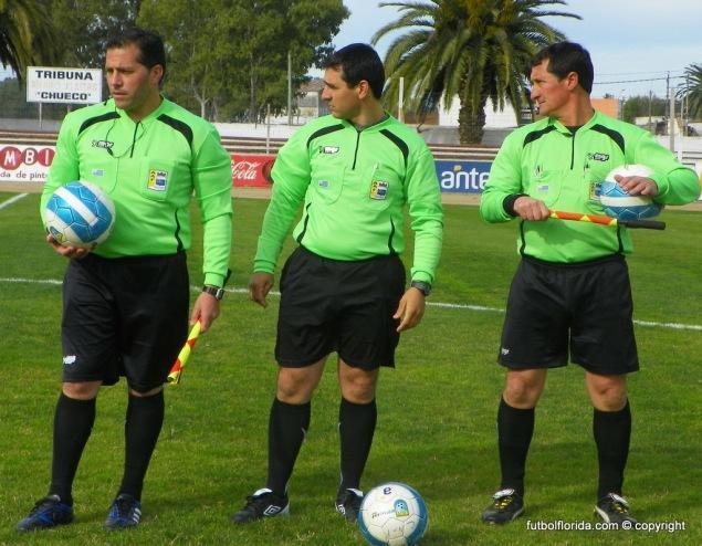 Carlos Sotelo y sus asistentes