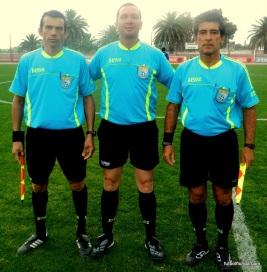 Cohelo y asistentes. Cohelo ha sido árbitro por Tacuarembó, Florida y ahora Rivera.
