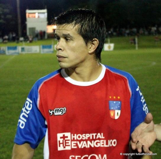 Martín Bordón aportó 2 goles a la victoria de la Roja.