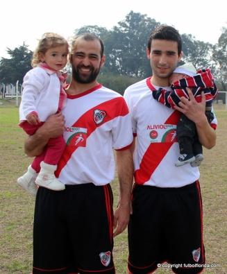 Pablo Amaro a Nacional y Mauro Cardozo a Quilmes con sus bebes