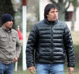 Renuncio Mauricio Ferreri en Atletico, interinamente dirigiran  Ariel Petrullo con FedericoMartinez