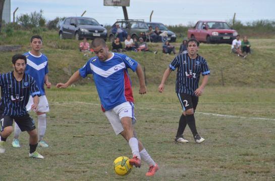 Foto de Victor D Rodriguez de la goleada de Santa Bernardina sobre Sportivo Yi