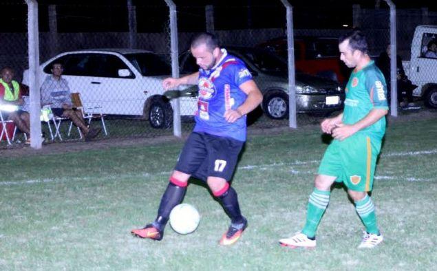 Foto de Miguel Castagnaro del partido Ligas Agrarias 1-0 Salto en Mayores