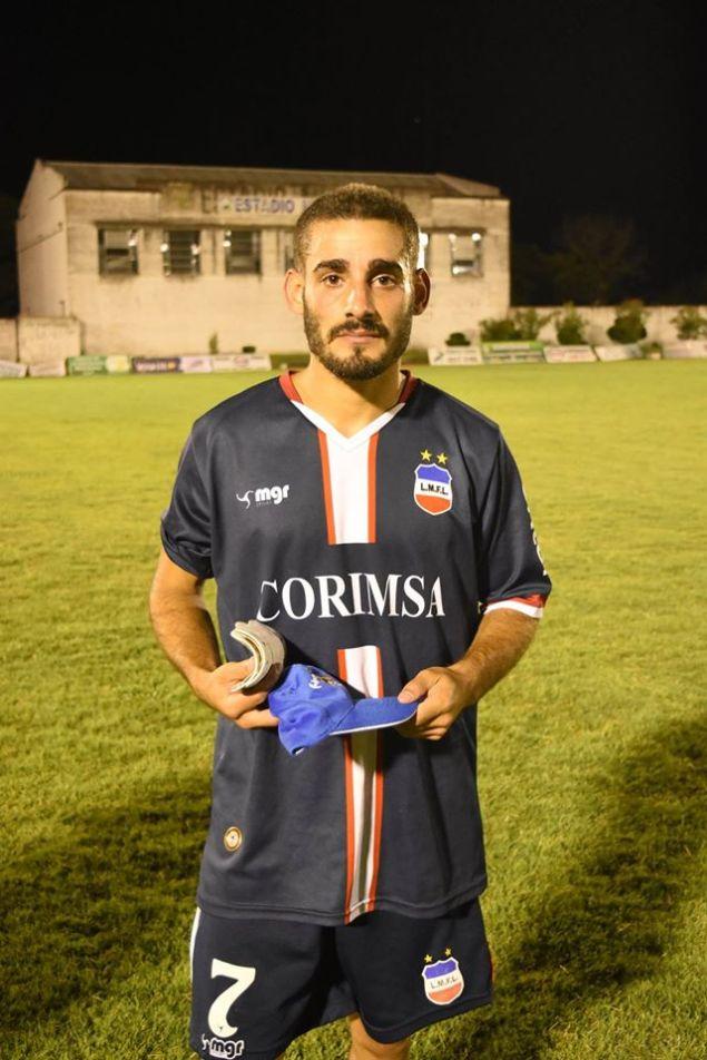 Marcelo Martinez, la figura de la cancha, Foto Oral Sport