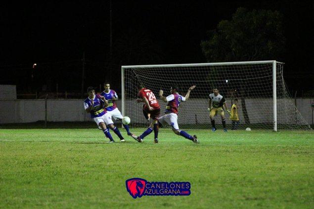 Emiliano Núñez liquidó el partido. Foto Canelones Azulgrana