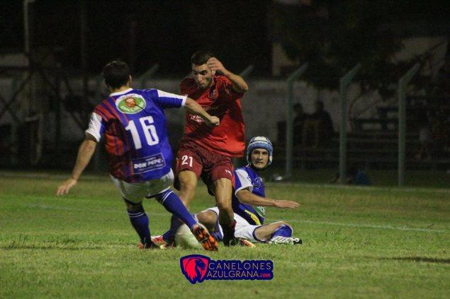 """Piñeyrua autor del """"gol de vestuarios"""" Foto Canelones Azulgrana"""