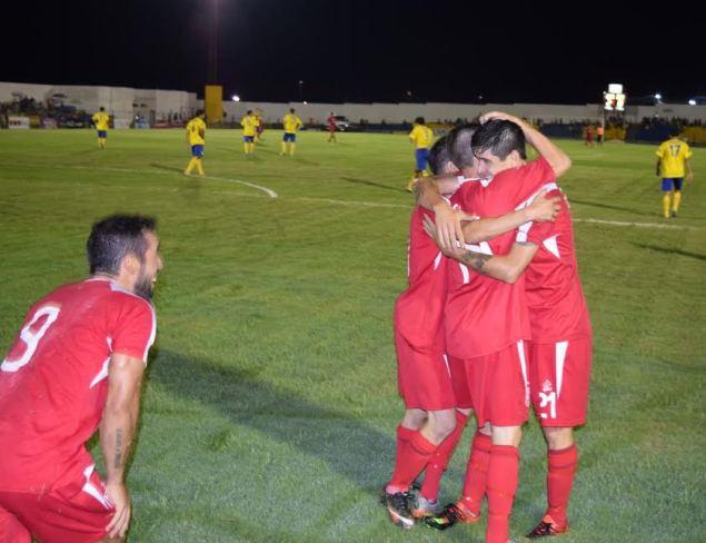 Festejo de Durazno en gol de Pereira. Foto Victor D Rodriguez