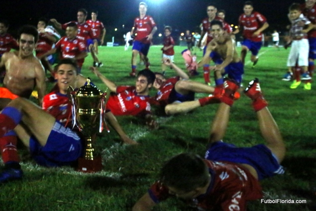 festejo colonia campeon