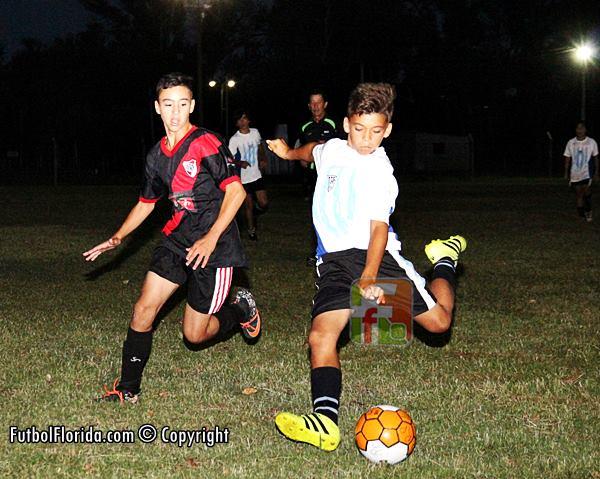 River y Atlético empataron en emocionante clásico Sub 13. Foto Fanny Ruetalo
