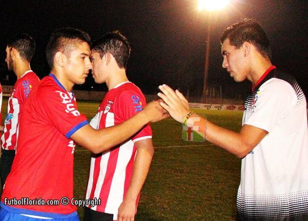 Cuatro goles le hizo Villar a Olivera. Foto Fanny Ruetalo
