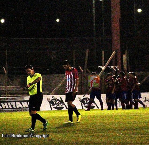 Ya Colonia festeja el 1er gol. Era el principio del fin. Foto Fanny Ruetalo