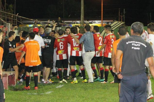 Incidentes determinaron la suspensión de Salto-Artigas. Foto Miguel Castagnaro