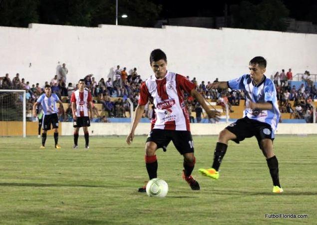 Rio Negro y Salto igualaron 1-1. Foto Miguel Castagnaro