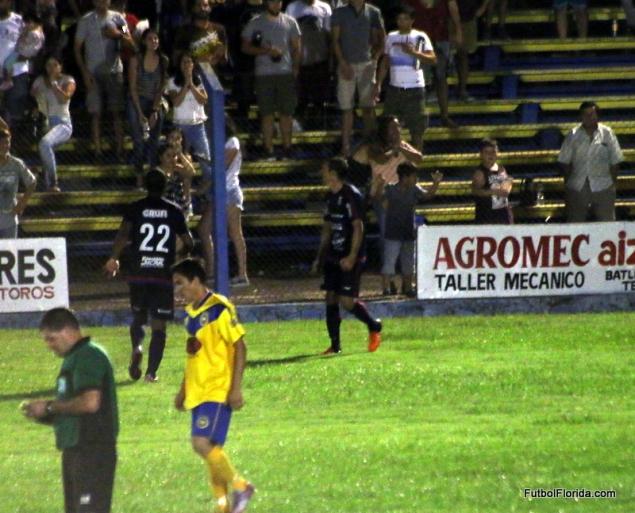 Guerra puso el 2do gol Canario, y el triunfo en la primera final se fue para Canelones