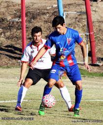 Gustavo Fabregat y Diego Perez serán protagonistas del duelo del domingo. Foto Fanny Ruetalo