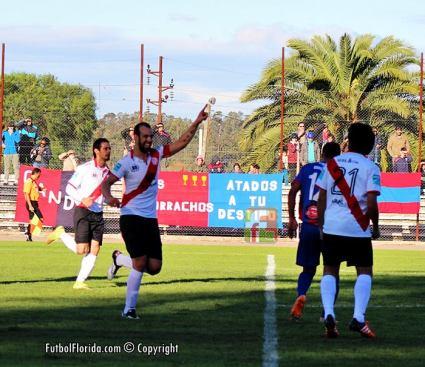 Fabian Vazquez, el nombre propio de la victoria de River Plate. Foto Fanny Ruetalo