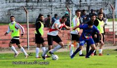 Fabián Vaquez demostró su capacidad goleadora. Foto Fanny Ruetalo