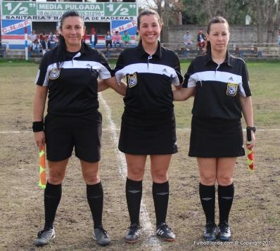 Evelyn López (Central), Mariela Sánchez y Claudia Mora