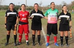 Evelyn López (Central), Mariela Sánchez y Claudia Mora capitanas