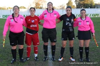 Luciana Coimbra Maria Jose Pirez y Giovanna Funggi con capitanas