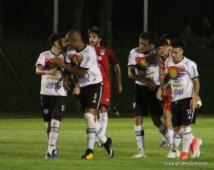 La celebración de los maragatos en el gol de Gil